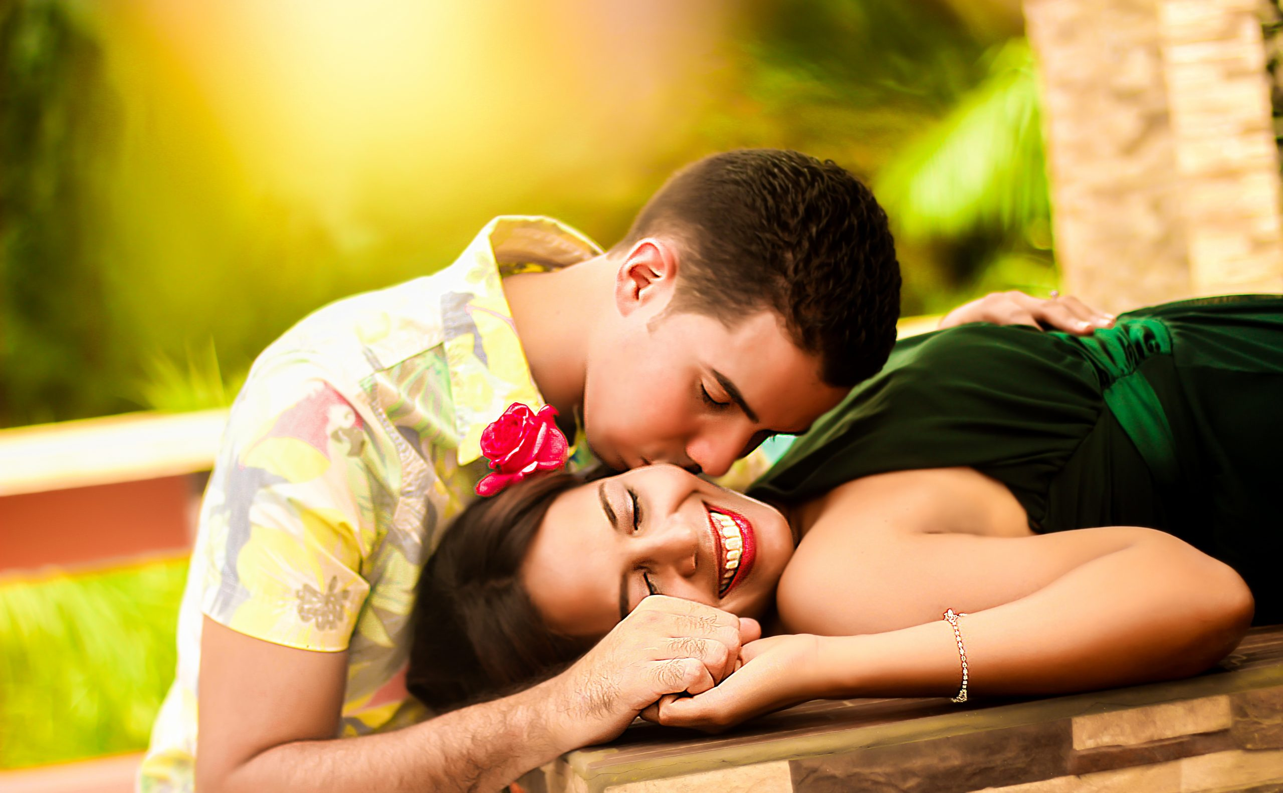couple, kissing, lying